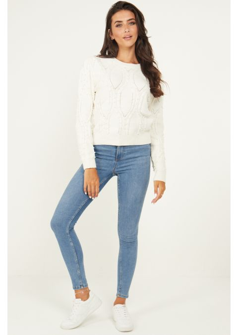 PEARL DETAILS CABLE KNIT JUMPER IN WHITE
